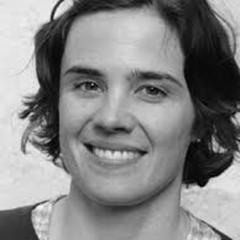 Portrait von Helen Barsby